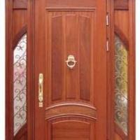 Стальная эксклюзивная дверь с массивом дуба с 2-х сторон и витражами