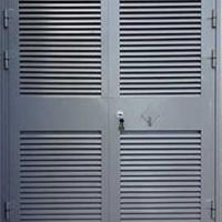 Железная дверь в электрощитовую с простым окрасом