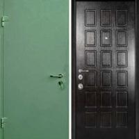 Стальная дверь с простым окрасом и МДФ
