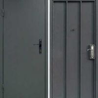 Входная техническая дверь с порошковым напылением с 2-х сторон