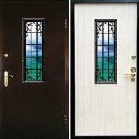 Входная дверь со стеклом и ковкой с порошковым напылением и ламинатом