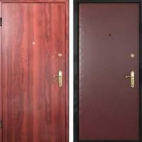 Металлическая дверь в частный дом с винилискожей и ламинатом
