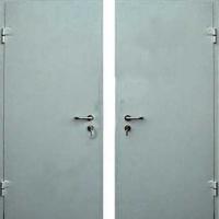 Входная дверь для дачи с простым окрасом с 2-х сторон