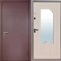 Стальная дверь эконом класса с порошковым окрасом и МДФ с зеркалом