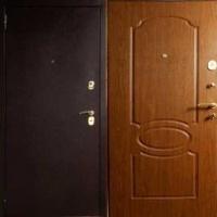 Входная дверь эконом класса с порошковым напылением и МДФ