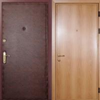 Входная дверь с винилискожей гладкой и ламинатом