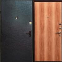 Стальная дверь с винилискожей гладкой и ламинатом
