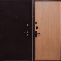 Металлическая дверь с порошковым окрасом и ламинатом