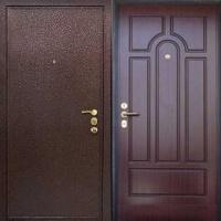 Стальная дверь с порошковым напылением и филенчатым МДФ