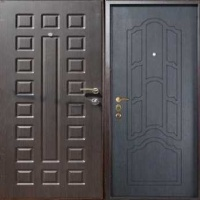 Металлическая дверь с массивом и МДФ