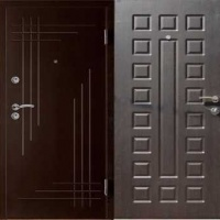Железная дверь в коттедж с порошковым напылением и МДФ