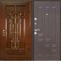 Металлическая дверь в частный дом с массивом и МДФ