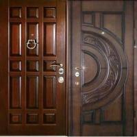 Железная дверь в коттедж с массивом с 2-х сторон