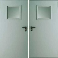 Металлическая техническая дверь с простым окрасом с обоих сторон