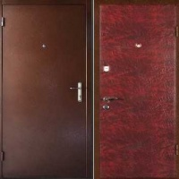 Стальная техническая дверь с порошковым окрасом и винилискожей