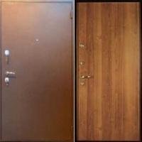 Металлическая техническая дверь с порошковым напылением и ламинатом
