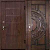 Металлическая дверь в квартиру с МДФ и массивом