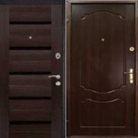 Металлическая дверь в квартиру с массивом и МДФ