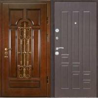 Стальная уличная дверь с массивом с ковкой и МДФ