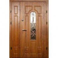 Металлическая дверь в подъезд с МДФ со стеклом и ковкой