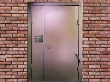 Двери в подъезд 1